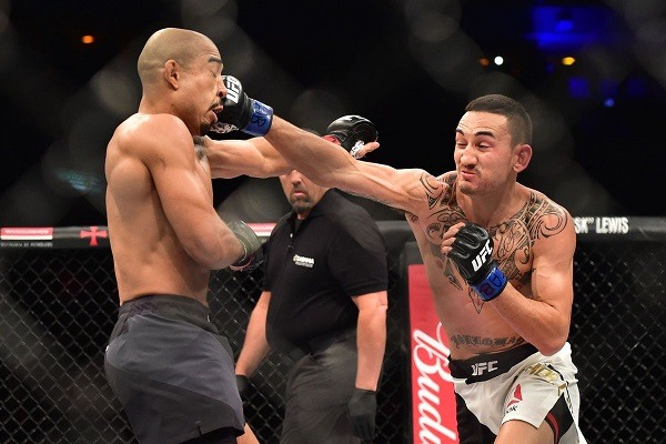 Aldo vs Holloway